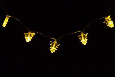 Świąteczne oświetlenie – drzewka świąteczne, ciepły biały