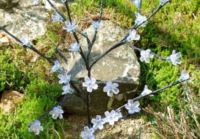 Solarne lampki kwiatowe drzewo Garth 36 LED zimno-biała